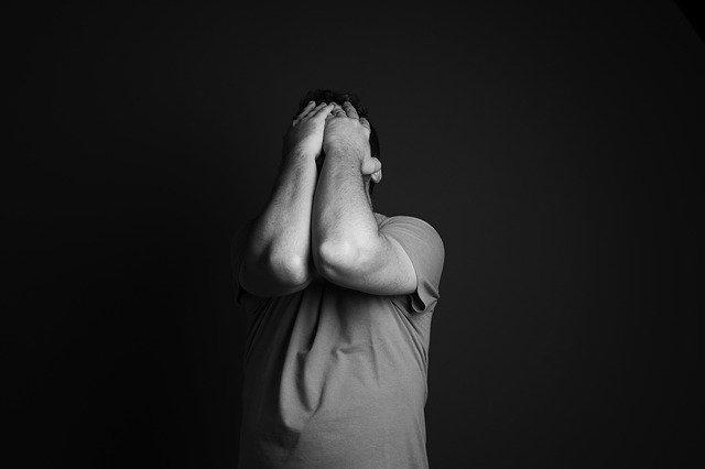 איך להתמודד עם חרדה